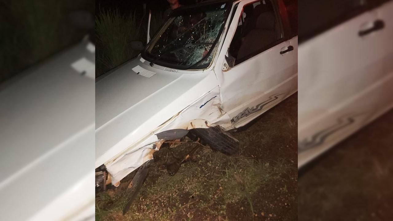 Jovem morre após motocicleta e carro de dupla sertaneja baterem de frente na TO-404