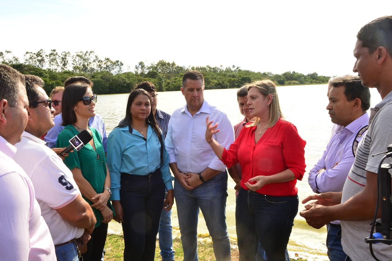 Deputados defendem união de todos contra poluição do lago da Usina de Lajeado, em Palmas