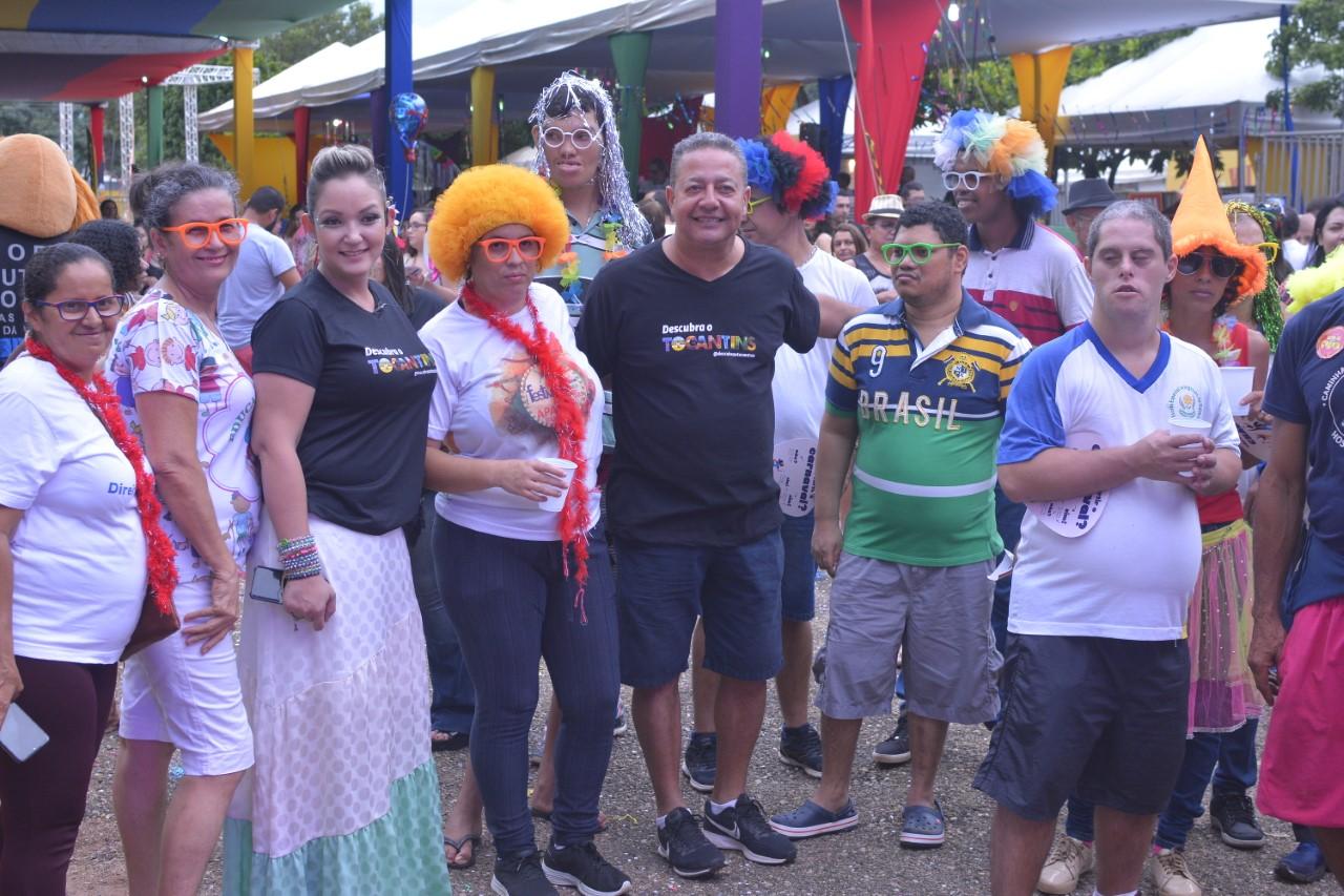 'Toca pra Praça' atrai mais de 10 mil pessoas e promove resgate do espírito carnavalesco