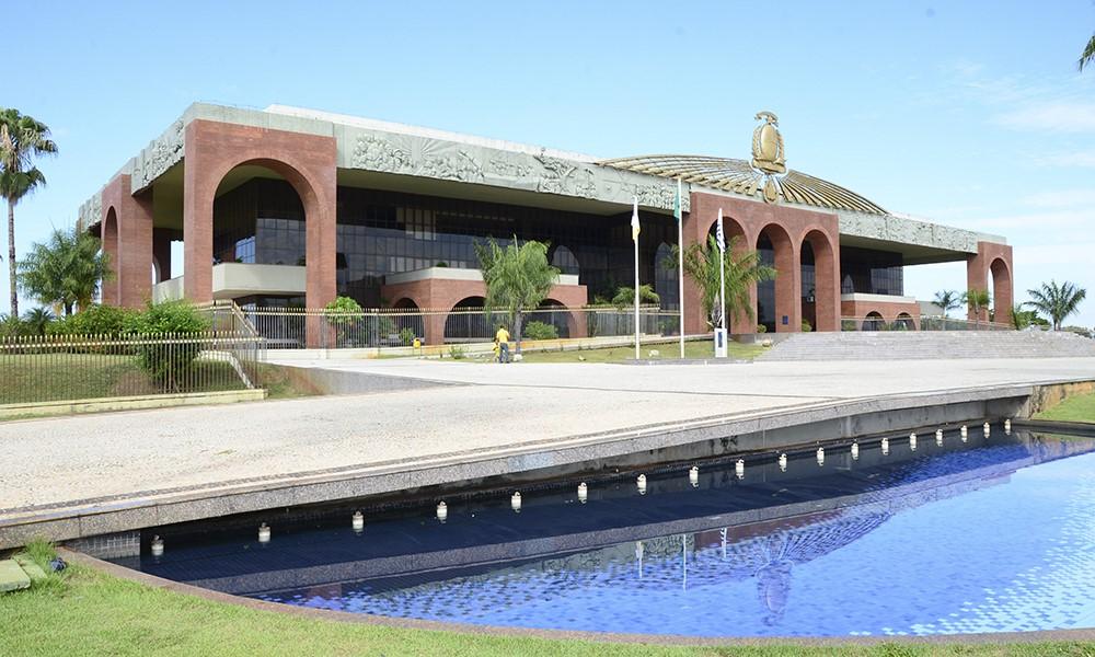 Governo do Tocantins mantém pagamento dos servidores em dia e quita folha neste sábado, 30