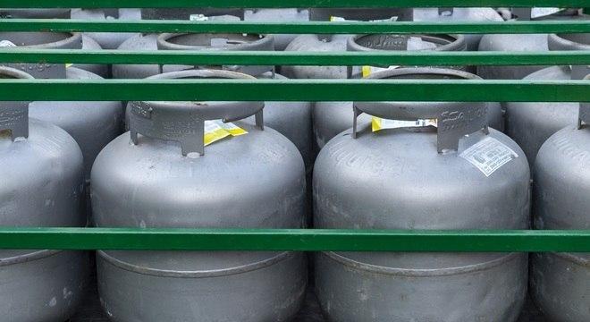 Aumentos recorrentes do preço do gás de cozinha afetam orçamento das famílias tocantinenses