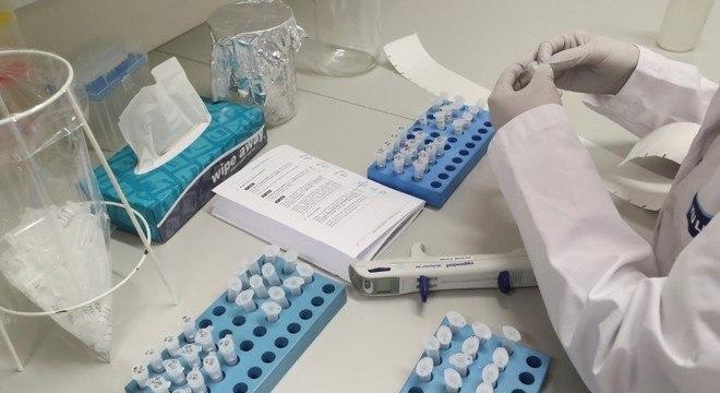 Cientistas de Israel afirmam que vacina oral contra novo coronavírus está quase pronta