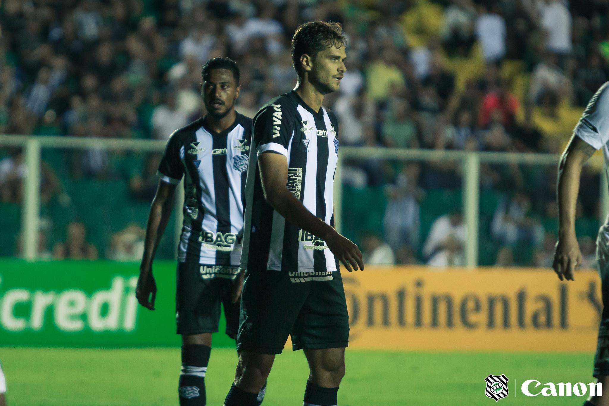 Invicto pelo Figueirense, Paulo Ricardo valoriza rotina de treinos em casa durante quarentena