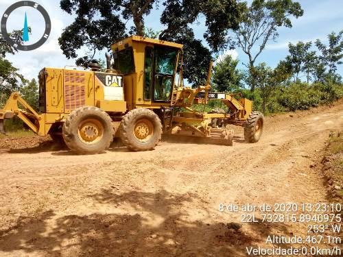 Serviços de recuperação de vicinais em Dois Irmãos chegam à região da Serra da Lopa