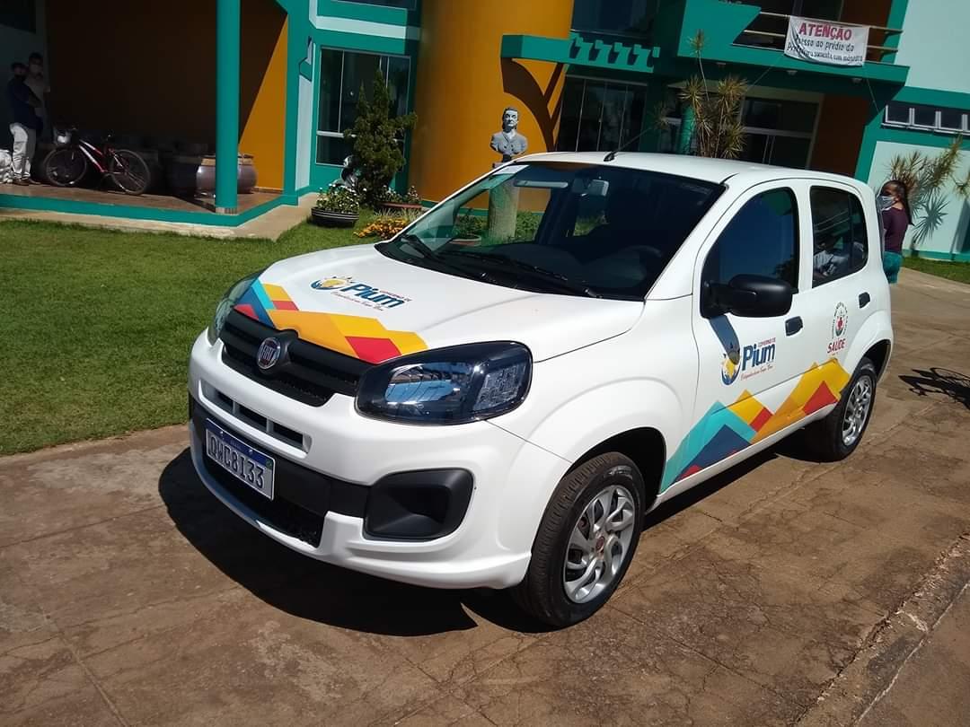 Prefeitura de Pium entrega novo veículo para Secretaria Municipal de Saúde