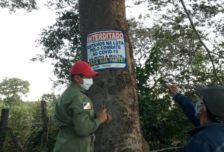 Vigilância Sanitária de Marianópolis fiscaliza margens do Rio do Coco para coibir aglomerações de pessoas