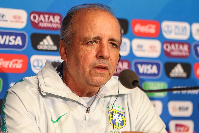 Ex-técnico do São Paulo, Corinthians e seleção feminina, Vadão morre aos 63 anos