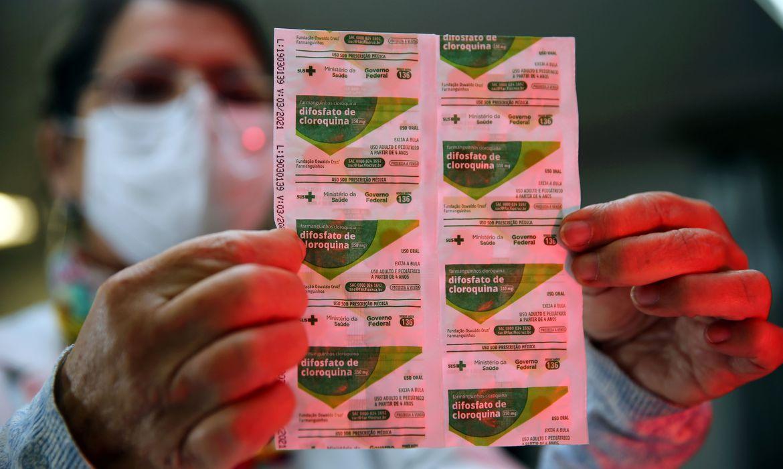 Revista inglesa retira publicação de estudo que invalidava cloroquina
