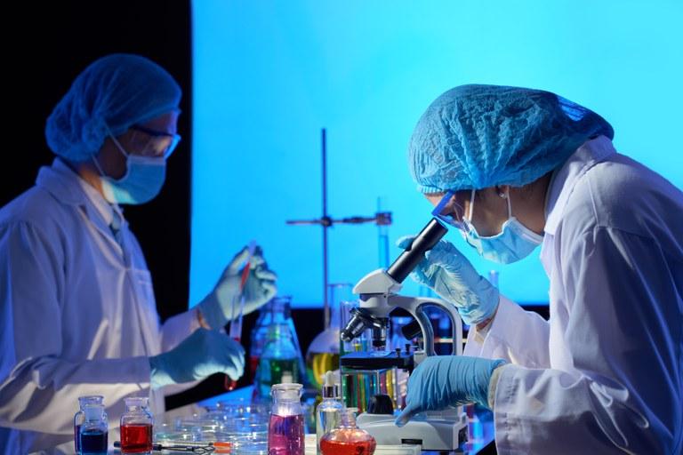 Edital disponibiliza R$ 132 milhões para pesquisas de combate à covid-19 que tragam soluções de inovação tecnológica