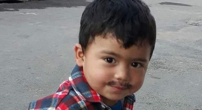 Menino de 4 anos morre após ser atingido por linha de pipa com cerol em SP