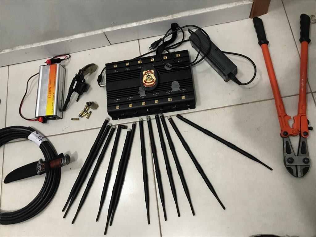 Polícia Civil apreende arma de fogo e objetos que seriam utilizados em crimes no sul do estado