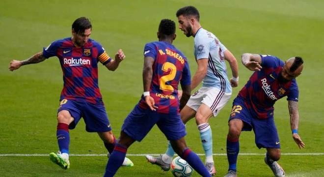 Barcelona empata com Celta e Real pode disparar na liderança
