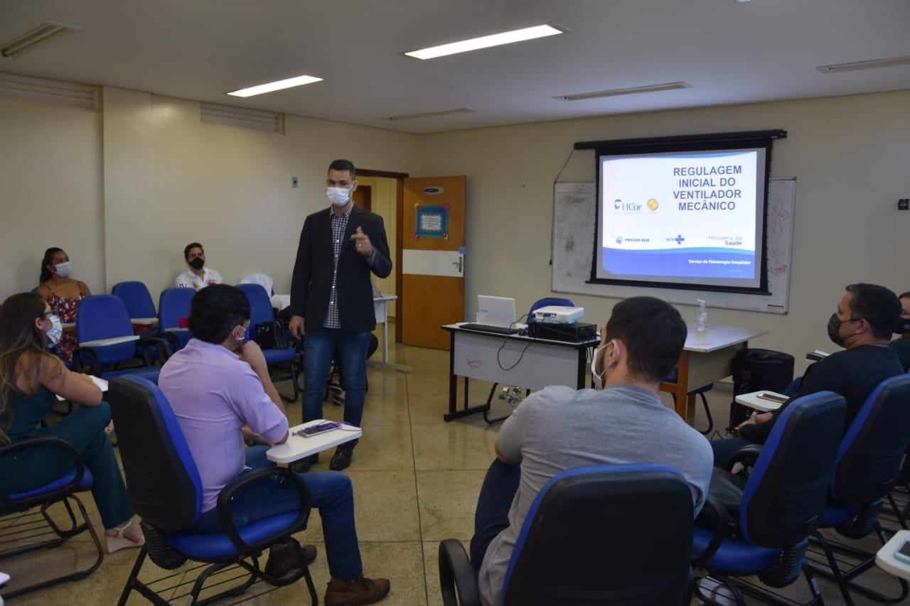 Profissionais da saúde de Porto Nacional recebem capacitação em ventilação mecânica