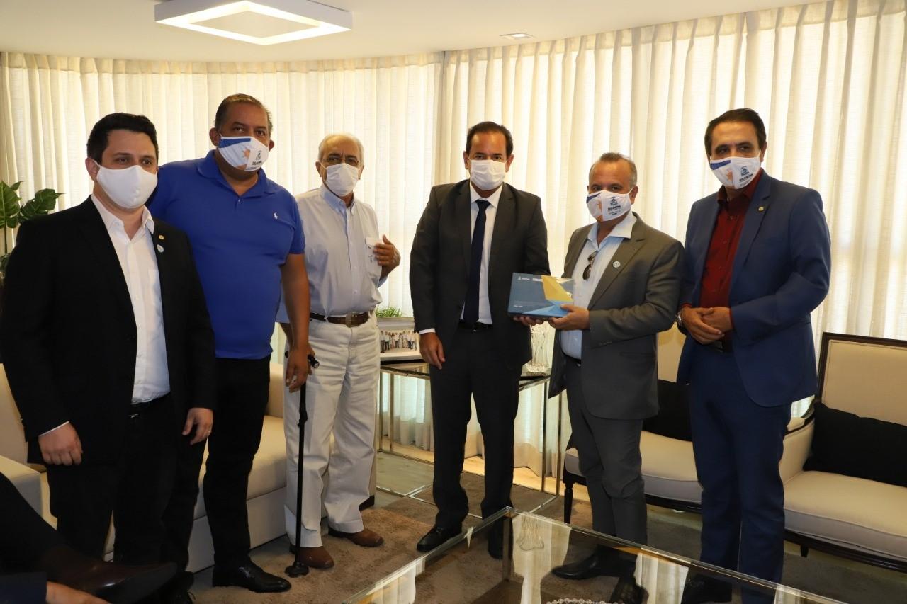 Ministro Rogério Marinho visita FIETO e elogia estudo sobre as cadeias produtivas