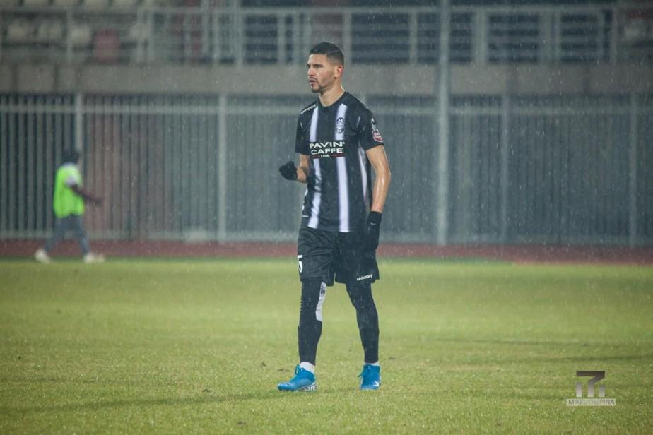 Brasileiro comenta sobre volta do futebol na Albânia