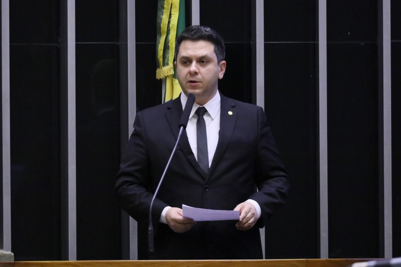 Aprovada na Câmara, emenda de Tiago Dimas à MP 975 garante crédito a micros e pequenas empresas via maquininhas