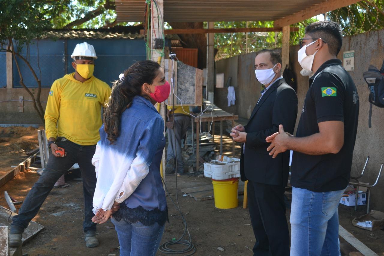 Secretário executivo da Cidadania e Justiça faz visita à obra do primeiro Escritório Social no Tocantins