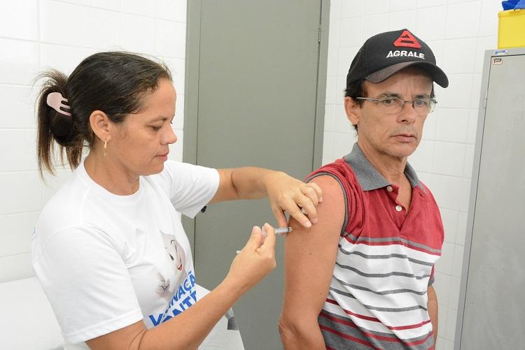 Vacinação contra a gripe é prorrogada até 30 de junho em Araguaína