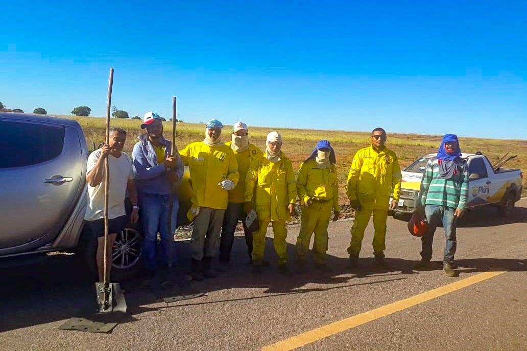 Brigadistas de Pium, debelam incêndio em propriedade rural causado por  queda de cabo da rede de energia