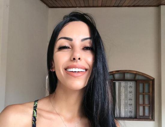 Aline Costa mira carnaval mesmo com evento ainda não confirmado