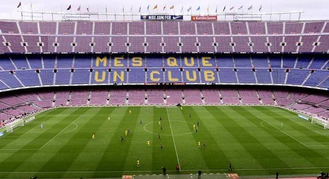 Local de jogo entre Barça e Napoli pode mudar por causa do Coronavírus