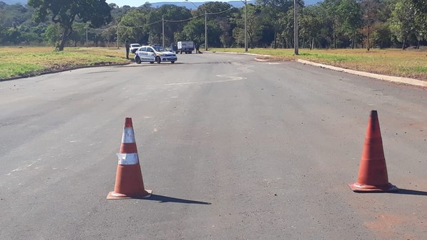 Mulher é encontrada morta na região sul de Palmas; vítima estava com mãos e pés amarrados