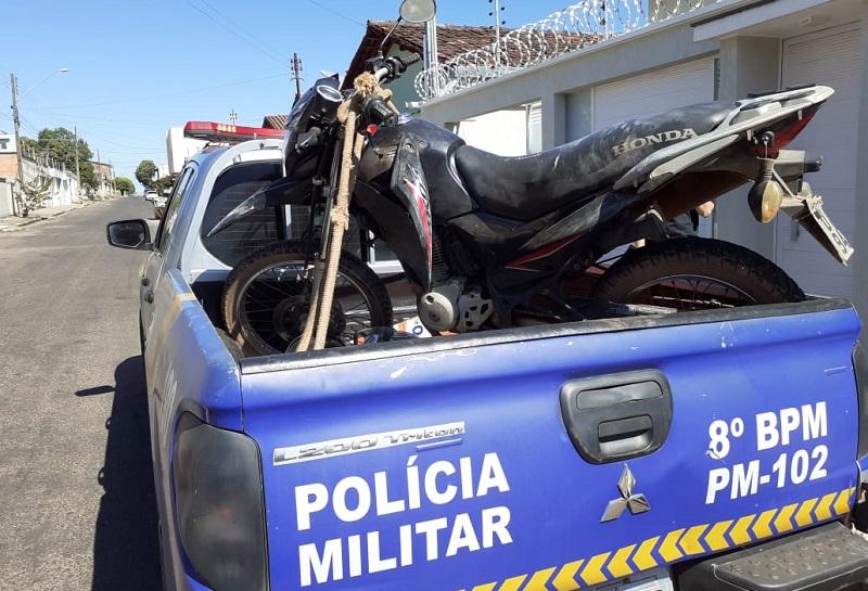 Em menos de quatro horas, PM recupera motocicleta furtada em Paraíso