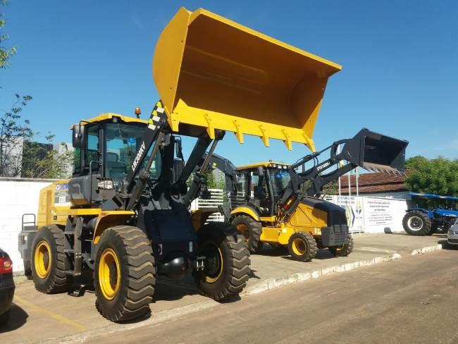 Prefeito de Miracema realiza entrega de maquinários importantes à população nesta sexta-feira, 3