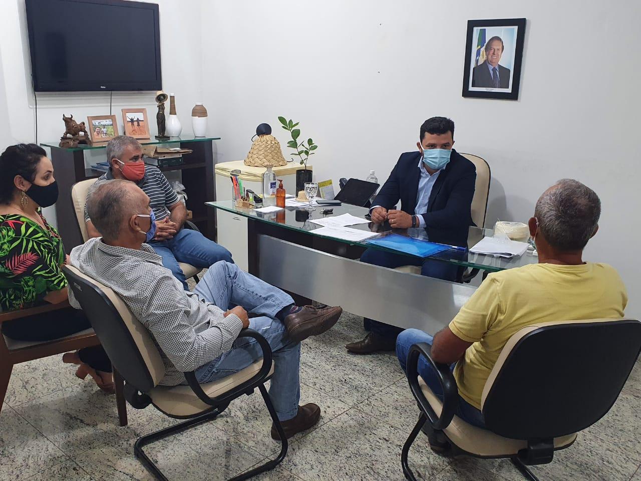 Agroindústria busca apoio da Seagro para ser primeira no Estado a obter Selo Artesanal para produção de queijos
