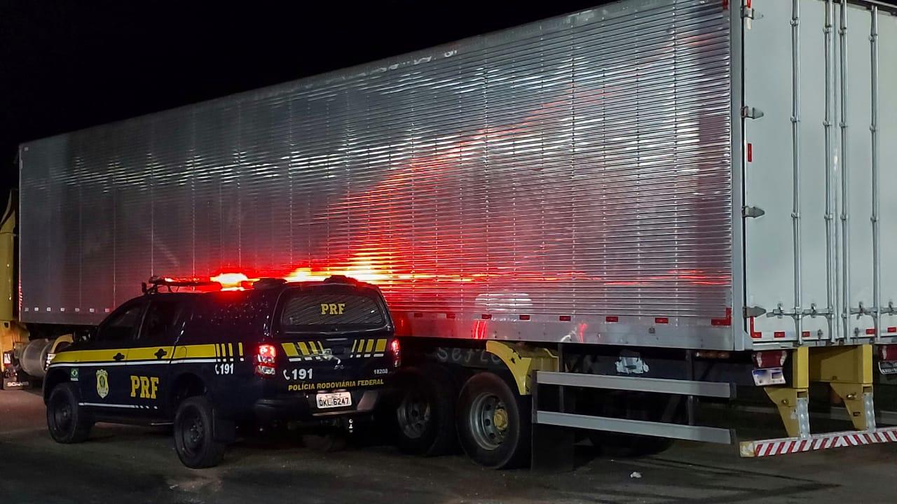 Motorista é detido pela PRF por adulteração de veículo automotor