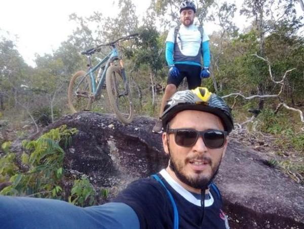 Ciclistas que morreram atropelados na TO-010 são identificados; ambos eram advogados