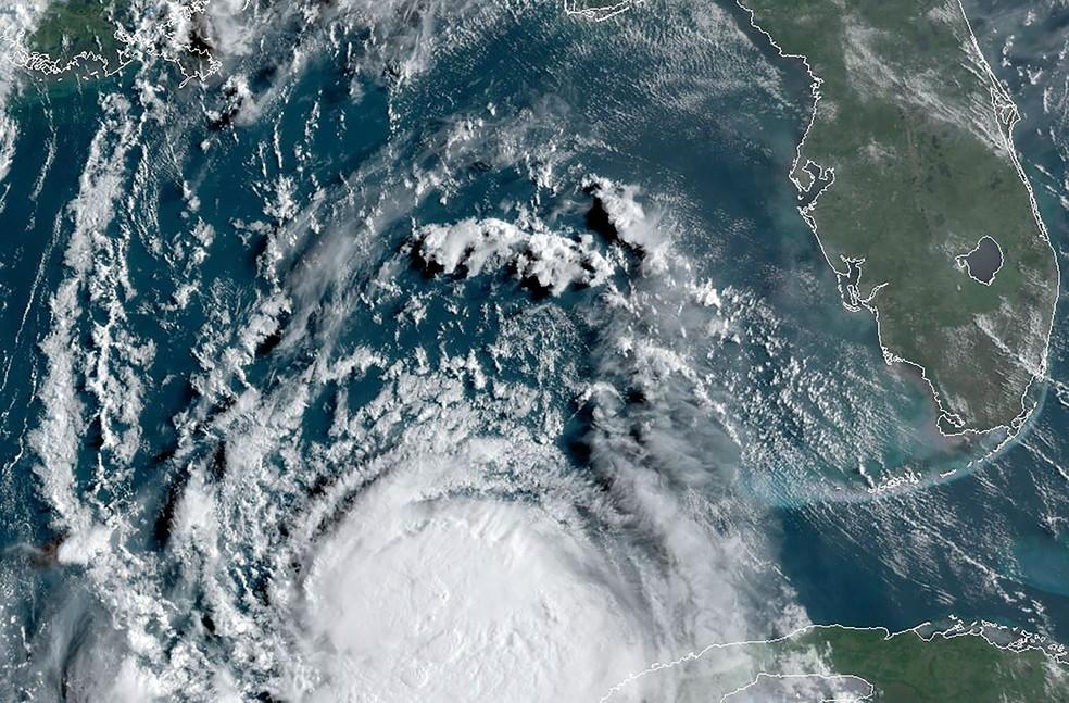 Furacão Sally entra nos EUA hoje e Teddy pode ser grande furacão