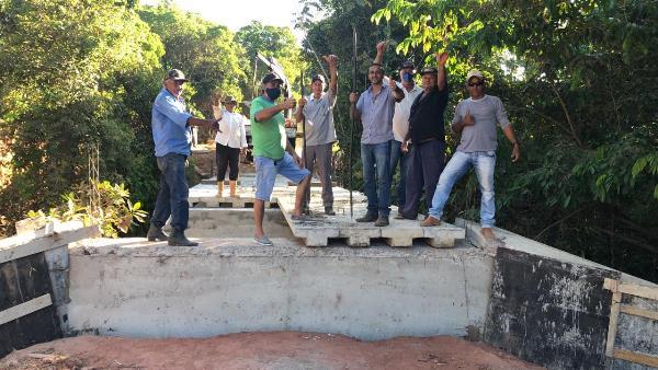 Ponte sobre o Rio Feio está sendo finalizada em Brasilândia do Tocantins