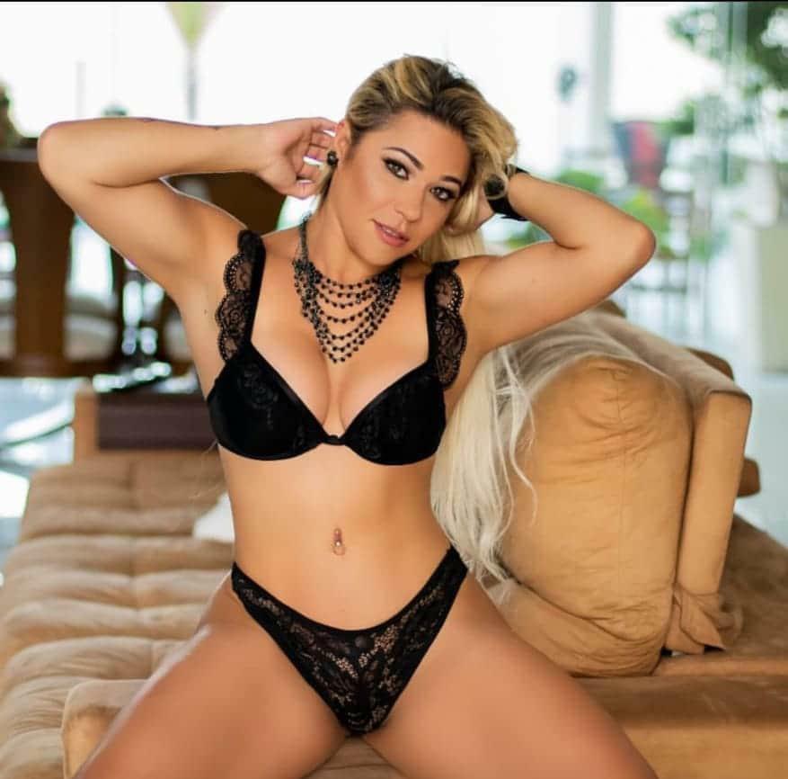 Monique Lopes será a apresentadora do concurso Mais Belo Bumbum do Brasil