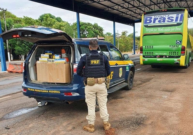 PRF apreende em Palmeiras do Tocantins carga de cigarro contrabandeada do Paraguai
