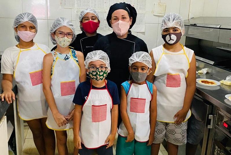 Paraíso da Pizza realiza com sucesso 1ª Oficina da Pizza e anuncia Festa NEON para o mês das crianças