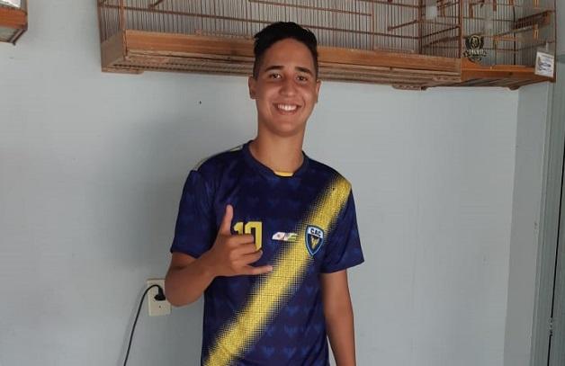 Revelado na base do Atlético Cerrado, zagueiro paraisense 'Pimpão' recebe convite pra disputar o Gauchão Sub-20