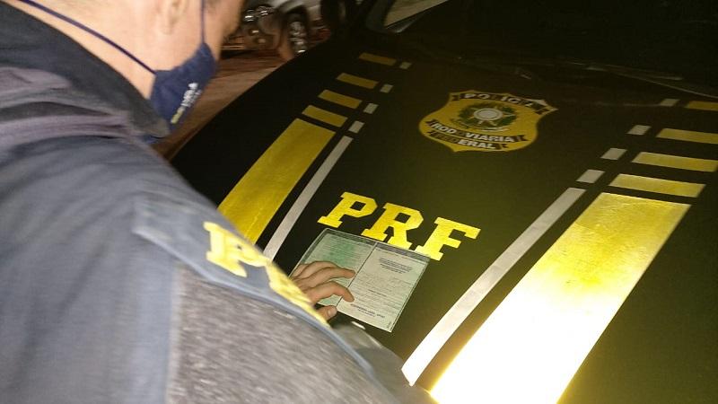 PRF Paraíso prende dois homens, um por receptação e outro por uso de documento falso