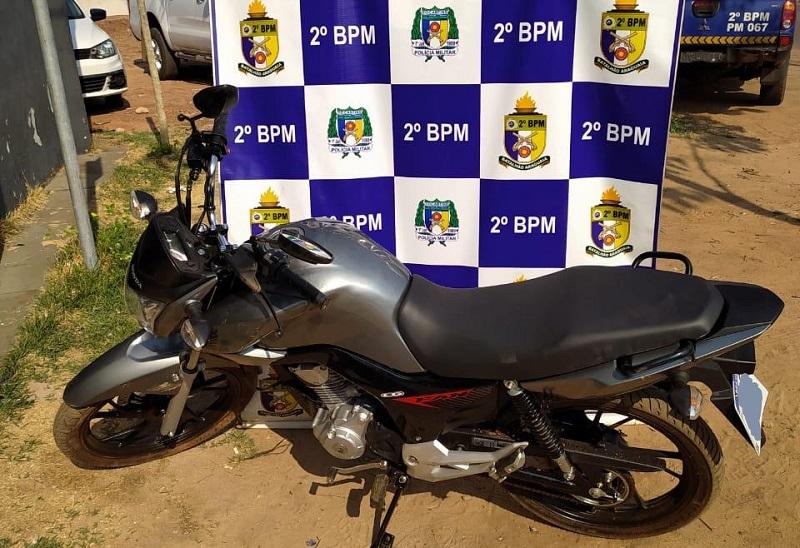PM recupera moto roubada em Araguaína
