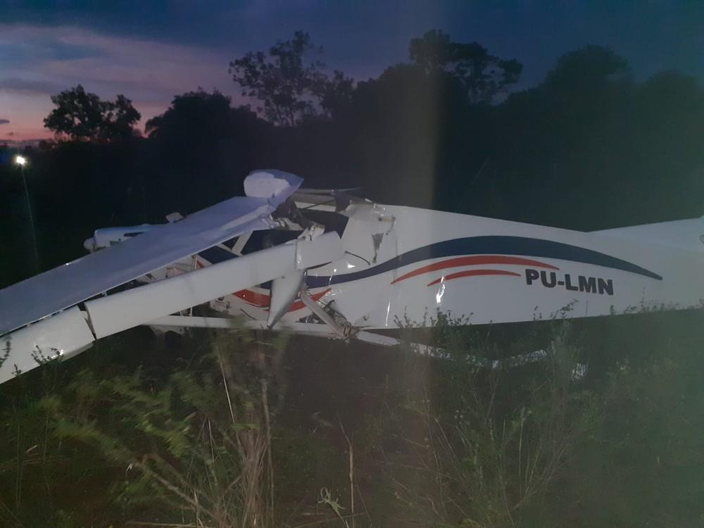 Avião de pequeno porte faz pouso forçado e assusta moradores de Palmas