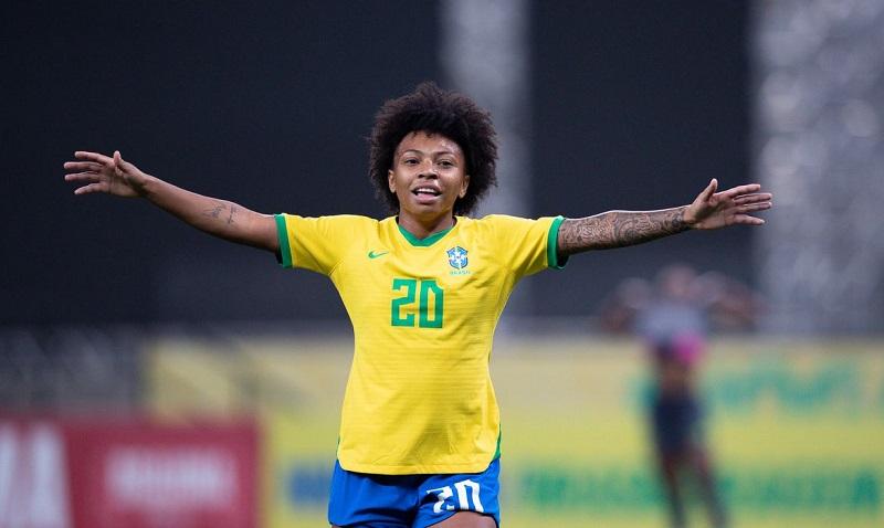 Debinha e novatas comandam goleada da seleção feminina sobre Equador: 6 a 0
