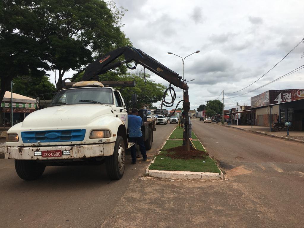 Prefeitura de Divinópolis inicia obra de implantação de iluminação LED na Avenida Codespar