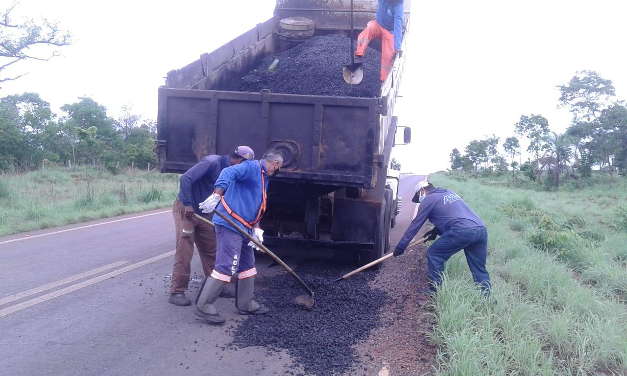Governo do Tocantins realiza manutenção de rodovias na regional de Paraíso