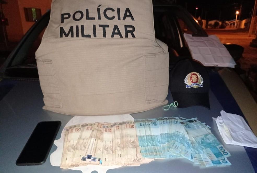 Idoso é preso pela PM suspeito de furtar R$ 49 mil dos próprios patrões no sul do estado