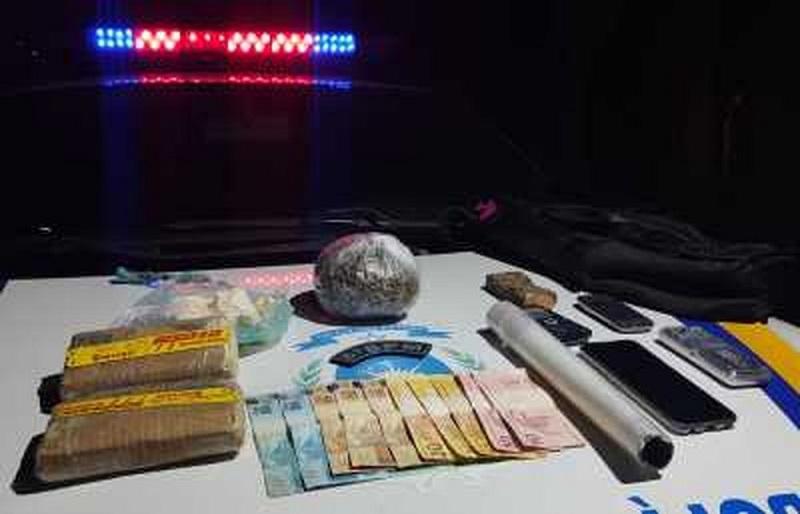 Homem é flagrado com drogas e confessa à PM que lançaria em presídio de Palmas