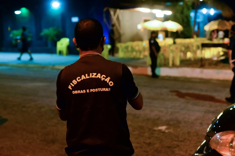 Prefeitura de Palmas monta operação para fiscalizar estabelecimentos abertos após 23h e anuncia rondas diárias