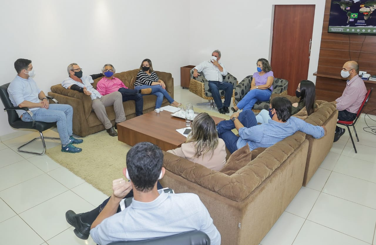 Georreferenciamento realizado em Gurupi é apresentado à prefeita Josi Nunes