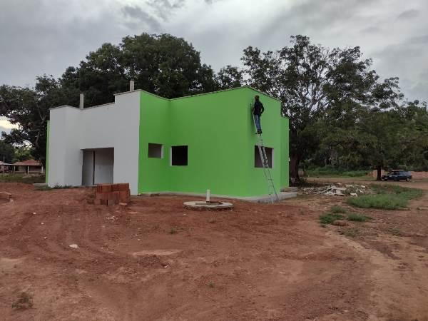 Prefeitura de Pium inicia última etapa da construção de novo posto de saúde no assentamento Floresta