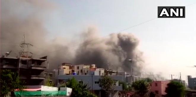 Incêndio atinge sede do Instituto Serum, maior fabricante de vacinas do mundo