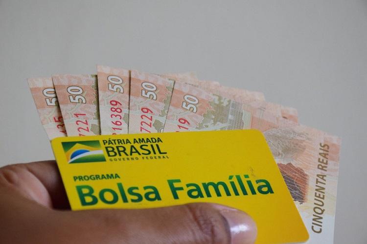 Último lote de etapa do Bolsa Família é liberado com valor a partir de R$89